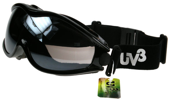 ATV Quad bike goggles at a very competitively price, the ideal sporting eye protection it's both fashionable and functional.
